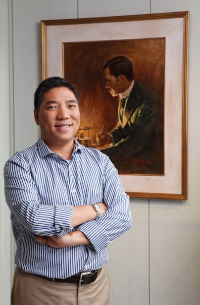 ambeth ocampo Ambeth r ocampo ol oal ocm (born august 13, 1961) is a filipino historian, academic, journalist, former cultural administrator and author best known for his writings.